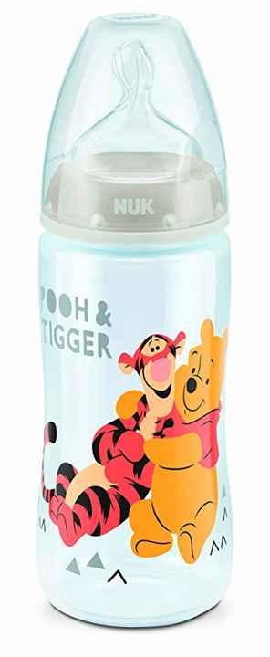 Pooh und tigger hug weiss